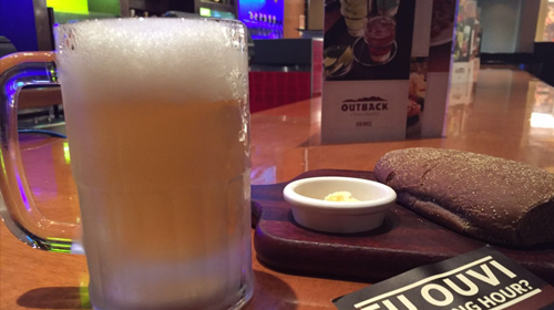 Outback do Shopping Barigui dá chope de graça a clientes